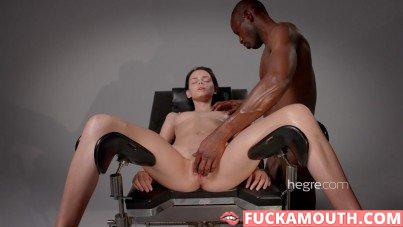 the art of pussy massage 4K