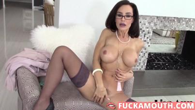 pornstar Lisa Ann solo