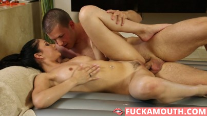 surprise by hot masseuse
